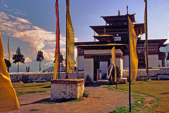 Viaje a Bután: templo de Jambery Lhakhang en Bumthamg
