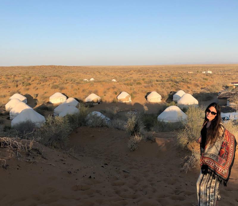 El viaje a Uzbekistan de Miriam y Jaime: campamento de yurtas