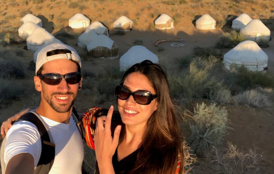 El viaje a Uzbekistan de Miriam y Jaime: yurtas en el desierto